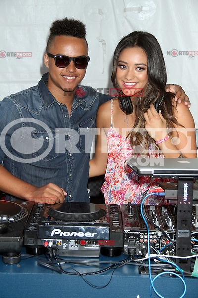 """NEW YORK CITY, NY-July 24 2012: Connor Cruise and Shay Mitchell attend the American Eagle Outfitters """"Live Your Life"""" Campaign Launch at American Eagle Times Square Store in New York City. © RW/MediaPunch Inc. /NortePhoto.com<br /> <br />  **CREDITO*OBLIGATORIO** *No*Venta*A*Terceros*<br /> *No*Sale*So*third* ***No*Se*Permite*Hacer Archivo***No*Sale*So*third*©Imagenes*con derechos*de*autor©todos*reservados*."""