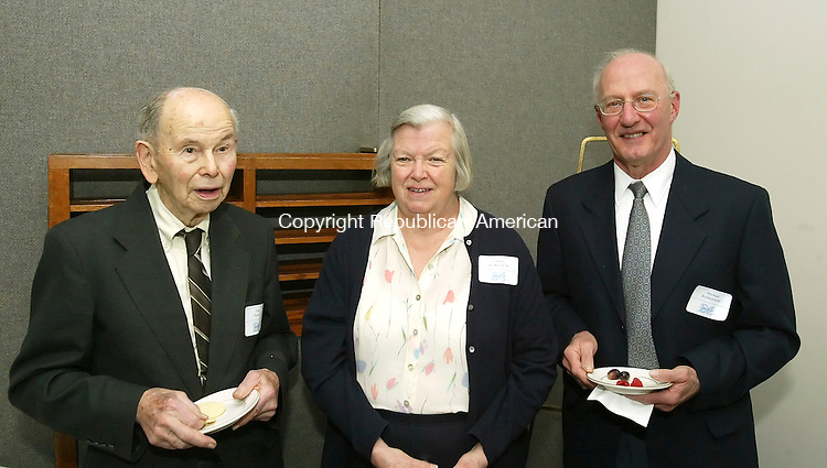 WATERBURY, CT 5/03/07- 050307BZ12- From left- Don Powell, of Naugatuck; Connie Koskelowski, of Oxford; and Michael Koskelowski, of Oxford;<br /> <br /> during the United Way of Naugatuck and Beacon Falls annual Salem Society Reception at the Waterbury Club Thursday.<br /> Jamison C. Bazinet Republican-American