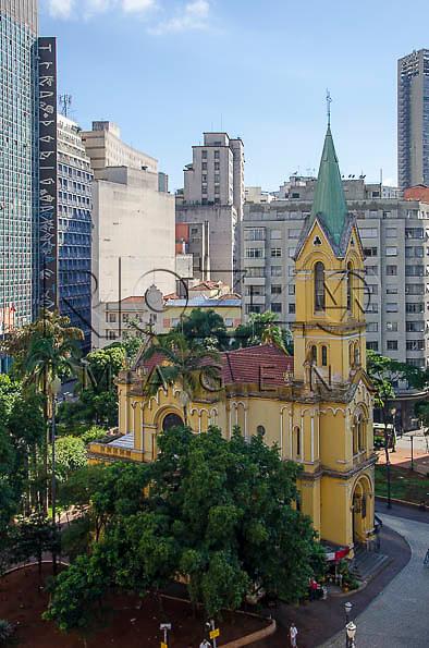 Igreja de Nossa Senhora do Rosário dos Homens Pretos no Largo Paissandú, São Paulo - SP, 01/2014