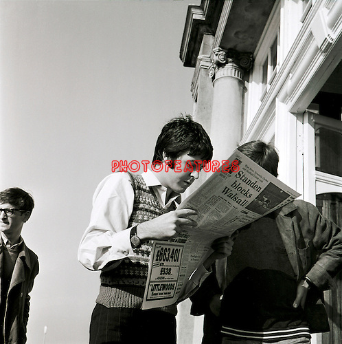 Beatles 1967 Paul McCartney at start of Magical Mystery Tour<br />&copy; Chris Walter