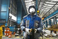 Emergenza Coronavirus - fase due - ATB Group un operaio addetto alle manovre del carroponte Roncadelle 08/06/2020<br /> <br /> Coronavirus emergency - phase two - ATB Group a worker operates the bridge crane Roncadelle 08/06/2020