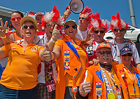 Austria, Kitzbühel, Juli 17, 2015, Tennis, Davis Cup, First round match between Dominic Thiem (AUT) vs Thiemo de Bakker (NED)  pictured: Dutch and Austrian Supporters join toeterde<br /> Photo: Tennisimages/Henk Koster