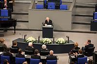 Gedenkstunde am 31. Januar 2018 im Deutschen Bundestag fuer die Opfer des Holocaust.<br /> Im Bild: Bundestagspraesident Wolfgang Schaeuble.<br /> 31.1.2018, Berlin<br /> Copyright: Christian-Ditsch.de<br /> [Inhaltsveraendernde Manipulation des Fotos nur nach ausdruecklicher Genehmigung des Fotografen. Vereinbarungen ueber Abtretung von Persoenlichkeitsrechten/Model Release der abgebildeten Person/Personen liegen nicht vor. NO MODEL RELEASE! Nur fuer Redaktionelle Zwecke. Don't publish without copyright Christian-Ditsch.de, Veroeffentlichung nur mit Fotografennennung, sowie gegen Honorar, MwSt. und Beleg. Konto: I N G - D i B a, IBAN DE58500105175400192269, BIC INGDDEFFXXX, Kontakt: post@christian-ditsch.de<br /> Bei der Bearbeitung der Dateiinformationen darf die Urheberkennzeichnung in den EXIF- und  IPTC-Daten nicht entfernt werden, diese sind in digitalen Medien nach &sect;95c UrhG rechtlich geschuetzt. Der Urhebervermerk wird gemaess &sect;13 UrhG verlangt.]