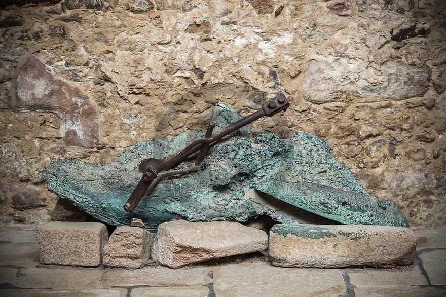 08/09/16 - ORADOUR SUR GLANE - HAUTE VIENNE - FRANCE - Cloche de l eglise du village martyr d'Oradour sur Glane. Plus grand massacre de civils commis en France par les nazis, 642 victimes - Photo Jerome CHABANNE