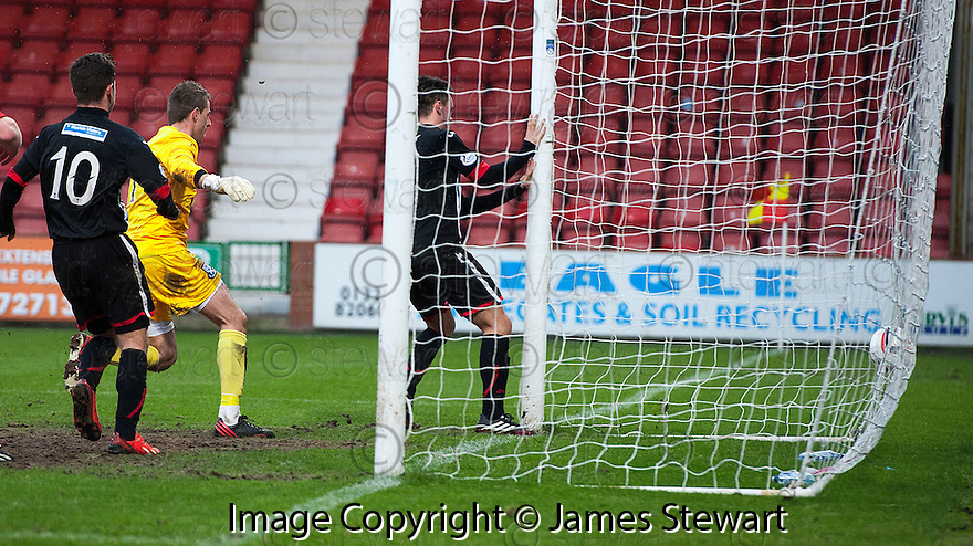 Par's Lawrence Shankland (far post) nock the ball over the line to score their second goal.