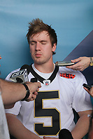 Garrett Hartley (Saints)<br /> Super Bowl XLIV Media Day, Sun Life Stadium *** Local Caption *** Foto ist honorarpflichtig! zzgl. gesetzl. MwSt. Auf Anfrage in hoeherer Qualitaet/Aufloesung. Belegexemplar an: Marc Schueler, Alte Weinstrasse 1, 61352 Bad Homburg, Tel. +49 (0) 151 11 65 49 88, www.gameday-mediaservices.de. Email: marc.schueler@gameday-mediaservices.de, Bankverbindung: Volksbank Bergstrasse, Kto.: 52137306, BLZ: 50890000