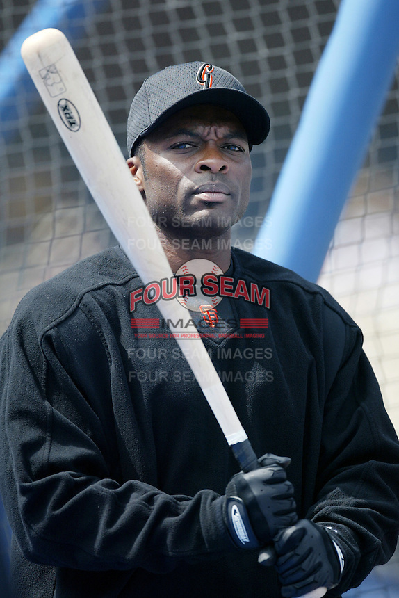 Reggie Sanders of the San Francisco Giants before a 2002 MLB season game against the Los Angeles Dodgers at Dodger Stadium, in Los Angeles, California. (Larry Goren/Four Seam Images)