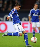 FUSSBALL   1. BUNDESLIGA  SAISON 2012/2013   7. Spieltag   FC Schalke 04 - VfL Wolfsburg        06.10.2012 Ibrahim Afellay (FC Schalke 04)  Einzelaktion am Ball