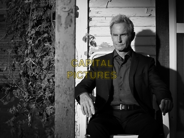 Justified (2010&ndash;2015) <br /> (Season 5)<br /> Jere Burns<br /> *Filmstill - Editorial Use Only*<br /> CAP/KFS<br /> Image supplied by Capital Pictures