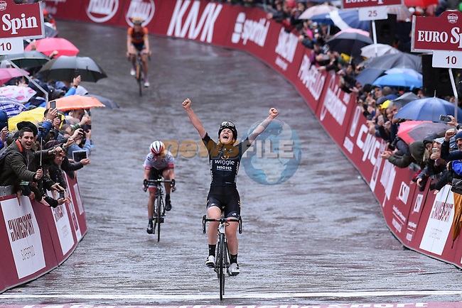 Elisa Longo Borghini (ITA) Wiggle High 5 team wins the 2017 Strade Bianche Women Elite race running 127km from Siena to Siena, Tuscany, Italy 4th March 2017.<br /> Picture: LaPresse/Gian Mattia D'Alberto | Newsfile<br /> <br /> <br /> All photos usage must carry mandatory copyright credit (&copy; Newsfile | LaPresse/Gian Mattia D'Alberto)