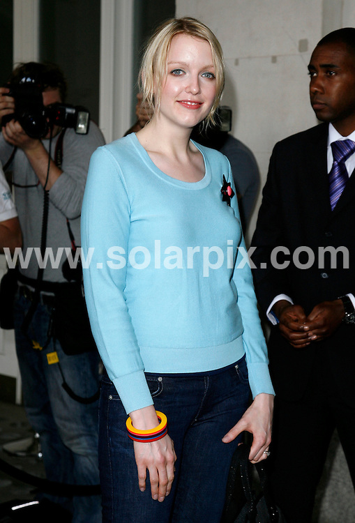 ALL ROUND PICTURES FROM SOLARPIX.COM.**WORLDWIDE RIGHTS*.Lauren Laverne arrives for the Marks and Spencer Autumn/Winter 2007 preview at One Piazza, Covent Garden, London..REF:3993   PRS        DATE: 24/05/07.**MUST CREDIT SOLARPIX.COM OR DOUBLE FEE WILL BE CHARGED* *UNDER NO CIRCUMSTANCES IS THIS IMAGE TO BE REPRODUCED FOR ANY ONLINE EDITION WITHOUT PRIOR PERMISSION*