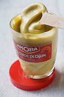 Europe/France/Bourgogne/21/ Côte-d'Or/Dijon: Moutarde de Dijon //  France, Cote d'Or, Dijon, Dijon mustard