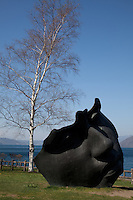 Toyako Sculpture Park encircles Lake Toya and passes through both Toyako and Sobetsu towns. Spread over a distance of 43km this outdoor sculpture park contains a total of 58 works.