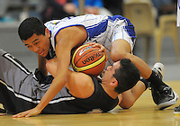 Action from the 2012 College Sport Wellington premier basketball final between St Patrick's College Town and Hutt Valley High School at Te Rauparaha Arena, Porirua, Wellington, New Zealand on Thursday, 30 August 2012. Photo: Dave Lintott / lintottphoto.co.nz