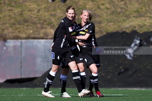 110410 Ume&aring;s Sofia Jakobsson (h) jublar med Emmelie Konradsson efter 0-1 under fotbollsmatchen i Damallsvenskan mellan Hammarby och Ume&aring; den 10 April 2011 i Stockholm. <br /> Foto: Kenta J&ouml;nsson<br /> Nyckelord: fotboll, damallsvenskan, hammarby, ume&aring;, jubel