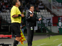 MANIZALES-COLOMBIA-24-08-2014. Flabio Torres Director Tecnico del Once Caldasdurante partido de la fecha 6 de la Liga Postobón II 2014 jugado en el estadio Palogrande de Manizales./ Coach Flabio Torres of Once Caldas  during match of the 10th date of Postobon  League II 2014 played at Palogrande  stadium in Manizales city. Photo: VizzorImage/Jhon Jairo Bonilla/STR