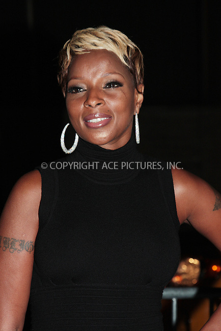 WWW.ACEPIXS.COM . . . . .  ....October 3 2009, New York City....Mary J Blige arriving at the 2009 New York Film Festival's screening of 'Precious' at Alice Tully Hall on October 3, 2009 in New York City.....Please byline: AJ Sokalner - ACEPIXS.COM.... *** ***..Ace Pictures, Inc:  ..(212) 243-8787 or (646) 769 0430..e-mail: picturedesk@acepixs.com..web: http://www.acepixs.com