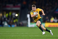 Drew Mitchell of Australia goes on the attack. Rugby World Cup Final between New Zealand and Australia on October 31, 2015 at Twickenham Stadium in London, England. Photo by: Patrick Khachfe / Onside Images