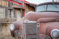 The location of The Antique Ranch antuqe shop and eatery was a deserted Route 66 garage, which again appears to be deserted.