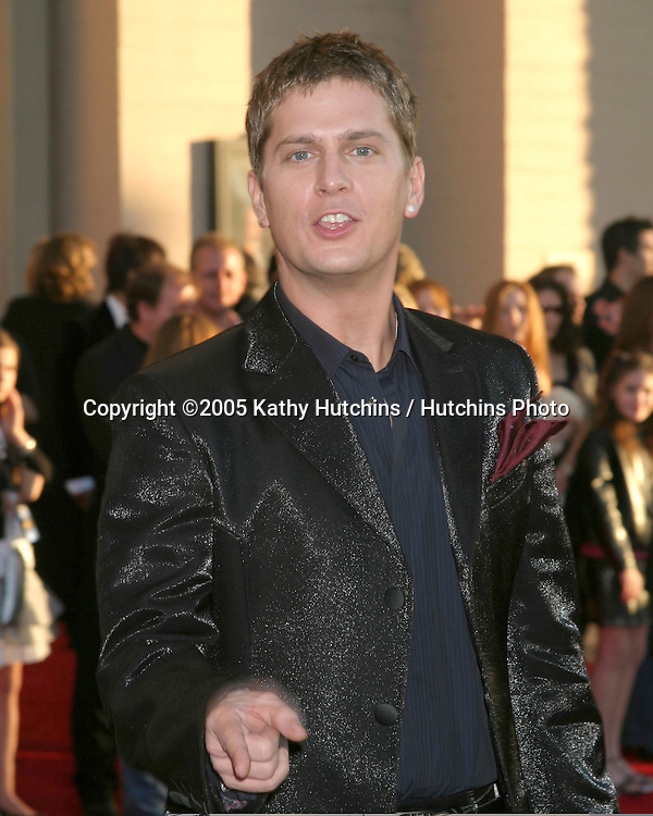 Rob Thomas.2005 American Music Awards.Shrine Auditorium.Los Angeles, CA.November 22, 2005.©2005 Kathy Hutchins / Hutchins Photo....