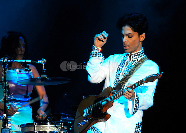 Prince performing live at the 2008 Coachella music festival in Indio, California on April 26, 2008. © Atlas / MediaPunch
