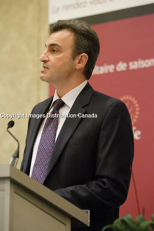 Toronto- CANADA -November 30 2009- JOSEPH IANNICELLI, PRESIDENT AND CEO OF THE STANDARD LIFE<br />                ASSURANCE COMPANY OF CANADA, AT THE CANADIAN CLUB OF<br />                MONTREAL'S PODIUMToronto- CANADA -November 30 2009- JOSEPH IANNICELLI, PRESIDENT AND CEO OF THE STANDARD LIFE<br />                ASSURANCE COMPANY OF CANADA, AT THE CANADIAN CLUB OF<br />                MONTREAL'S PODIUM