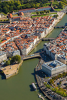 France, Aquitaine, Pyrénées-Atlantiques, Pays Basque, Bayonne: Confluent de l'Adour et de la Nive - vue aérienne  et hôtel de ville // France, Pyrenees Atlantiques, Basque Country, Bayonne: Confluence betwenn Adour and Nive  and city hall- Aerial view