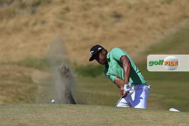 Tony Finau (USA) chips from a bunker at the 6th green during Sunday's Final Round of the 2015 U.S. Open 115th National Championship held at Chambers Bay, Seattle, Washington, USA. 6/21/2015.<br /> Picture: Golffile | Eoin Clarke<br /> <br /> <br /> <br /> <br /> All photo usage must carry mandatory copyright credit (&copy; Golffile | Eoin Clarke)