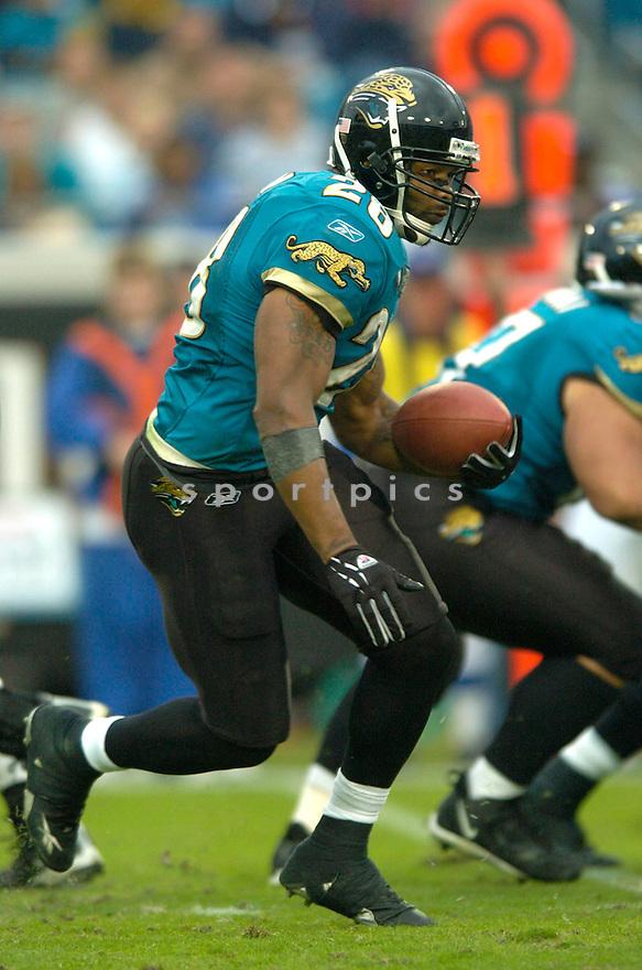 Fred Taylor during the Jacksonville Jaguars v. Detroit Lions game on November 14, 2004...Jaguars win 23-17..David Durochik / SportPics