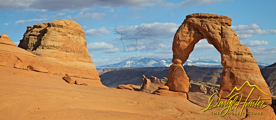 Delicate Arch, La Sal Mountains, Arches National Park, Moab, Utah