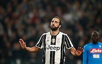 Calcio, Serie A: Juventus Stadium. Torino, Juventus Stadium, 29 ottobre 2016.<br /> Juventus&rsquo; Gonzalo Higuain celebrates after scoring the winning goal during the Italian Serie A football match between Juventus and Napoli at Turin's Juventus Stadium, 29 October 2016. Juventus won 2-1.<br /> UPDATE IMAGES PRESS/Isabella Bonotto