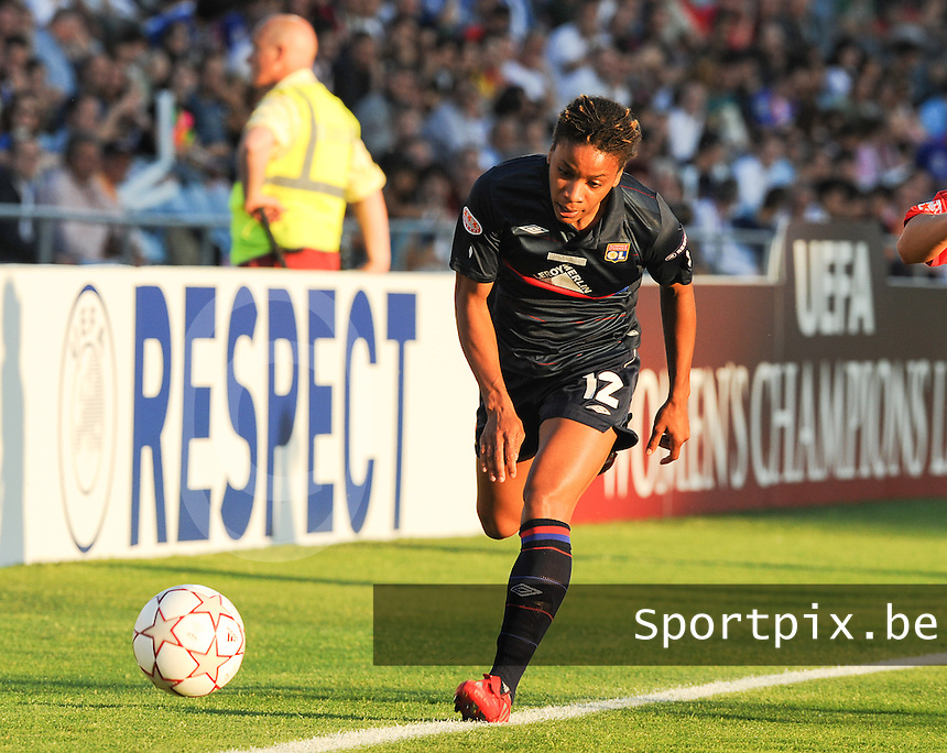 Uefa Women 's Champions League Final 2010 at  Coliseum Alfonso Perez in Getafe , Madrid : Olympique Lyon - Turbine Potsdam : Elodie Thomis.foto DAVID CATRY / Vrouwenteam.be