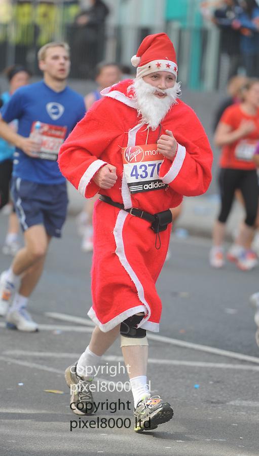 London Marathon 2012.Fun runners.....Pic by Gavin Rodgers/Pixel 8000 Ltd