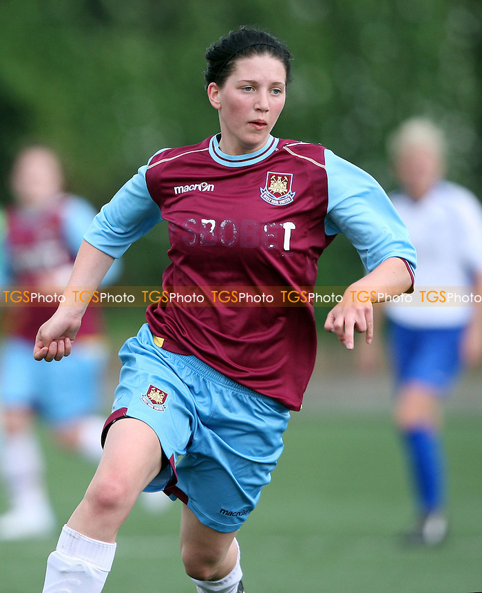 April Bowers of West Ham - West Ham United Ladies vs Enfield Town Ladies, Pre-season Friendly at Chadwell Heath - 15/07/12 - MANDATORY CREDIT: Rob Newell/TGSPHOTO - Self billing applies where appropriate - 0845 094 6026 - contact@tgsphoto.co.uk - NO UNPAID USE.