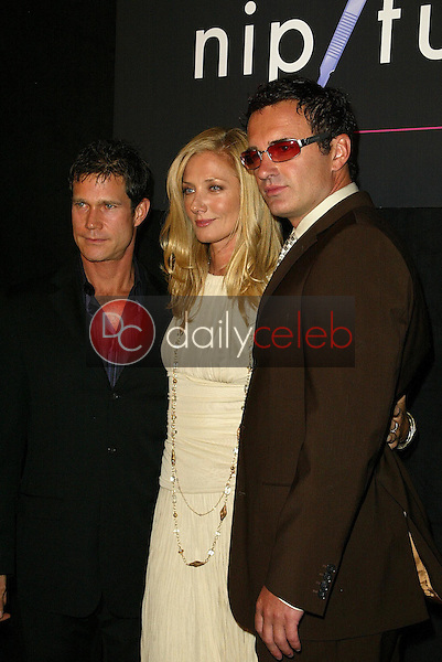 """Dylan Walsh with Joely Richardson and Julian McMahon<br />at the Premiere Screening of """"Nip/Tuck"""" Season 3. The El Capitan Theatre, Hollywood, CA. 09-10-05<br />Jason Kirk/DailyCeleb.com 818-249-4998"""