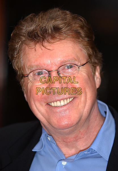 MICHAEL CRAWFORD.The Woman In White photocall.24 February 2004.headshot, portrait, glasses.www.capitalpictures.com.sales@capitalpictures.com.©Capital Pictures