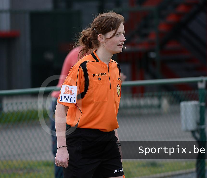 Women U15 : Belgian Red Flames - Nederland :<br /> <br /> lijnrechter Jolien Delcroix<br /> <br /> foto Dirk Vuylsteke / Nikonpro.be