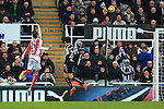 Stoke's Peter Crouch scores his sides equalising goal - Newcastle United vs. Stoke City - Barclay's Premier League - St James' Park - Newcastle - 08/02/2015 Pic Philip Oldham/Sportimage