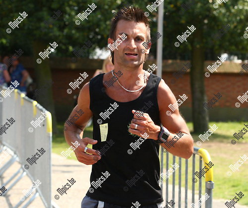 2010-06-05 / jogging / 12 de kermisjogging Geel Punt / 10 k m / Derde plaats voor Sven Paepen uit Kasterlee