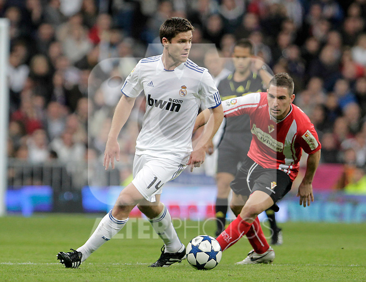 Real Madrid's Xabi Alonso during King's Cup match.November 10,2010. (ALTERPHOTOS/Acero)