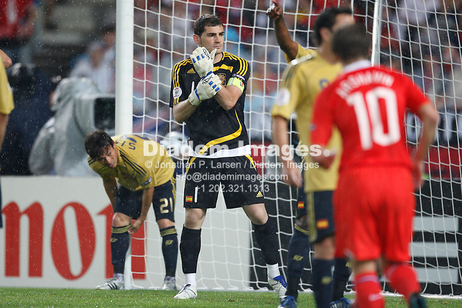 VIENNA - JUNE 26:  Spanish goalkeeper Iker Casillas gets ready for a corner kick against Russia during a UEFA Euro 2008 semi final match June 26, 2008 at Ernst Happel Stadion in Vienna, Austria.