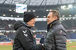 10.02.2018, HDI Arena, Hannover, GER, 1.FBL, Hannover 96 vs SC Freiburg<br /> <br /> im Bild<br /> Christian Streich (Trainer SC Freiburg) begr&uuml;&szlig;t / hand shake mit Andre / Andr&eacute; Breitenreiter (Trainer Hannover 96), <br /> <br /> Foto &copy; nordphoto / Ewert