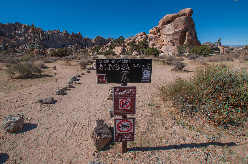 Climbing Access: Hemingway Buttress and Banana Cracks Sign, Joshua Tree National Park, California