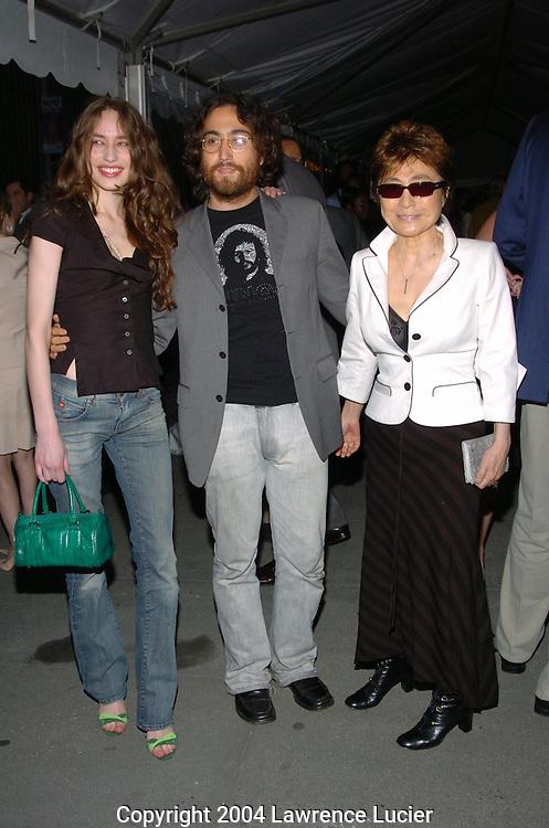 Elizabeth Jagger, Sean Lennon, Yoko Ono