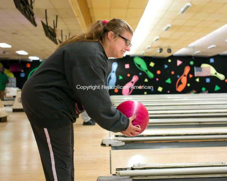 Waterbury, CT- 19 October 2015-101915CM06- Diana Golden of Wolcott bowls at Lakewood Lanes in Waterbury on Monday. Golden is a member of the Waterbury Special Olympics bowling team.   Christopher Massa Republican-American
