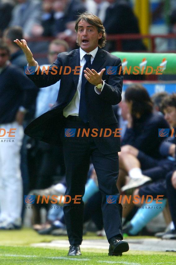 Milano 25/4/2004 Campionato Italiano Serie A - Matchday 31 <br /> Inter - Lazio 0-0 <br /> Roberto Mancini allenatore della Lazio. <br /> Roberto Mancini Lazio trainer. <br />  Photo Andrea Staccioli Insidefoto