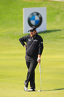 Shane Lowry (IRL) at the 9th green during Sunday's Final Round of the 2014 BMW Masters held at Lake Malaren, Shanghai, China. 2nd November 2014.<br /> Picture: Eoin Clarke www.golffile.ie