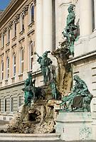 HUN, Ungarn, Budapest, Budaer Burgberg, Burgviertel: Matthias-Brunnen beim Budaer Burgpalast | HUN, Hungary, Budapest, Castle District: Matthias fountain at Royal Palace