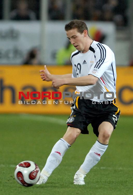 Freundschaftsspiel Vorbereitung EM 2007 <br /> <br /> Deutschland (GER) - Daenemark (DEN) 0 - 1<br /> <br /> Jan Schlaudraff (GER)<br /> <br /> Foto &copy; nph (  nordphoto  )  *** Local Caption ***