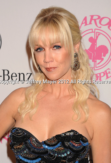 BEVERLY HILLS, CA - OCTOBER 20: Jennie Garth arrives at the 26th Anniversary Carousel Of Hope Ball presented by Mercedes-Benz at The Beverly Hilton Hotel on October 20, 2012 in Beverly Hills, California.